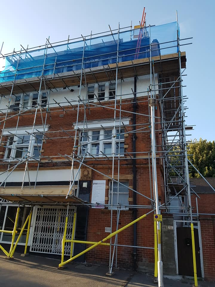 Scaffolding for Flats