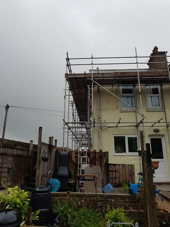 Roof Scaffolding in Hythe